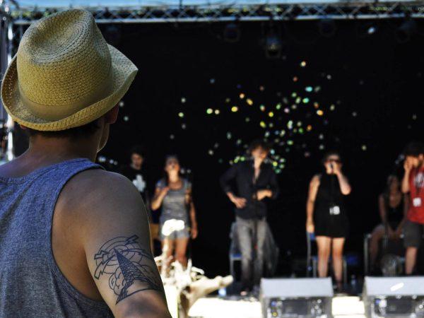 Tell me the story: scambio giovanile in Francia  su intercultura, arte e musica elettronica