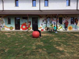 murales centro pinocchio pancia Romania