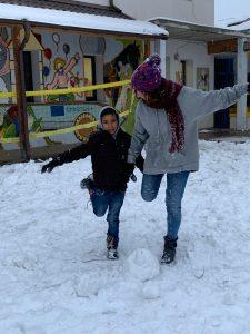 Panciu_giocare con la neve3 – Copia