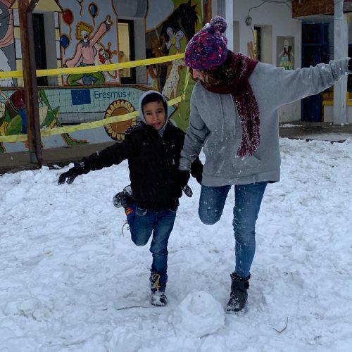 Panciu_giocare con la neve3 - Copia